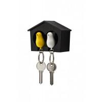 Nástenný držiak s kľúčenkami Qualy Duo Sparrow, hnedá búdka/ biela + žltá kľúčenka